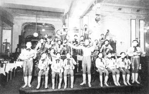 Az Ostende kávéház zenekara 1930 körül, Budapesti Történeti Múzeum Kiscelli Múzeuma